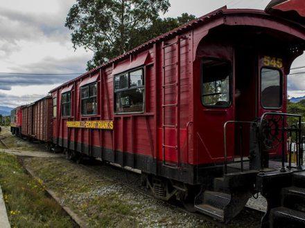 Zug in Ecuador