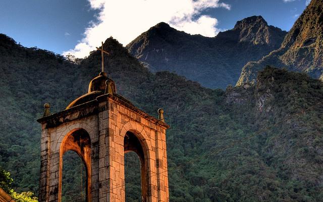 Durch die Berge der Götter zum heiligen See 21